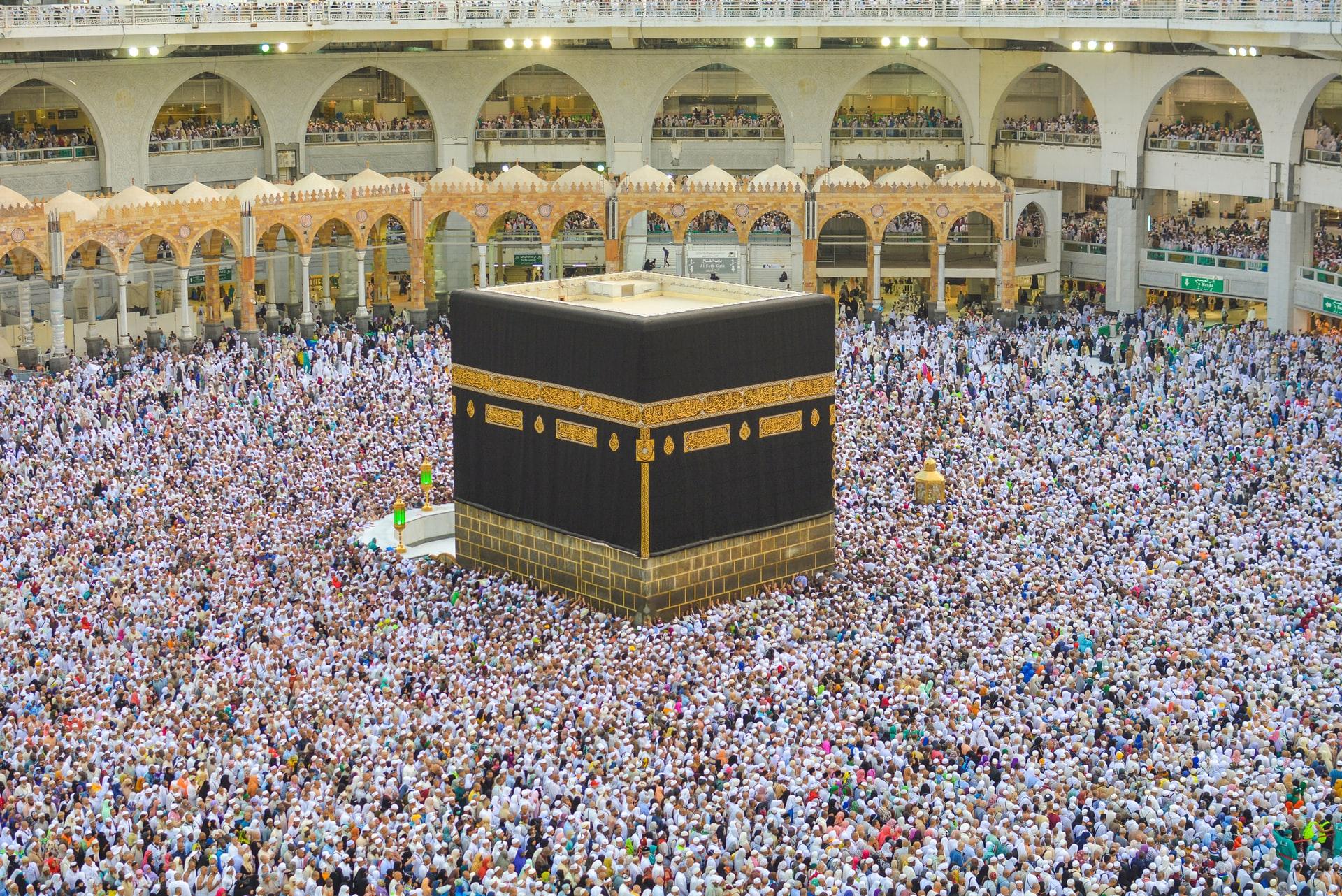 Top Ten Cheap Prices For Praying Hajj and Umrah
