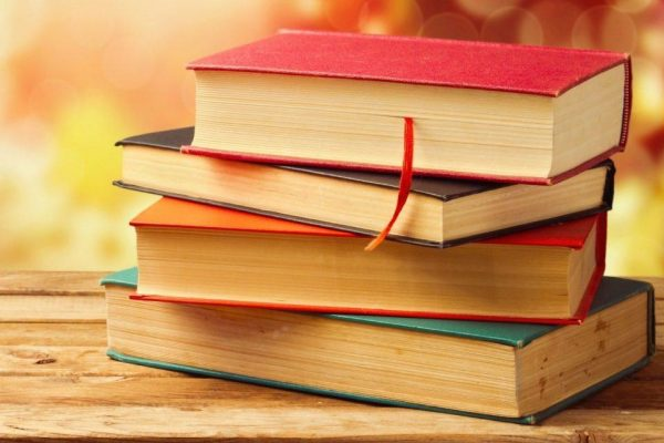 top-10-books-every-college-student-read-1024x640
